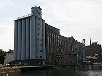 Kueppersmuehle Innenhafen Duisburg.jpg