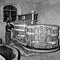 Kuipen bij een electrisch-hydraulische wijnpers, Bestanddeelnr 254-4224.jpg