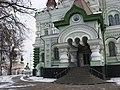 Kyiv Pokrova Monastery - Mykolaivskyi cathedral entrance.jpg