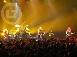 L7 onstage