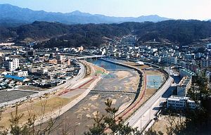 Bonghwa-eup - Bonghwa on the river Naeseongcheon