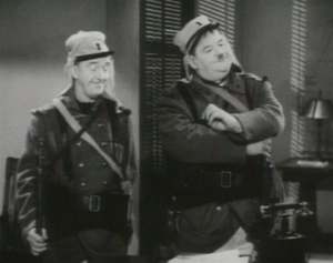 Immagine Laurel & Hardy in Flying Deuces 2 edited.png.