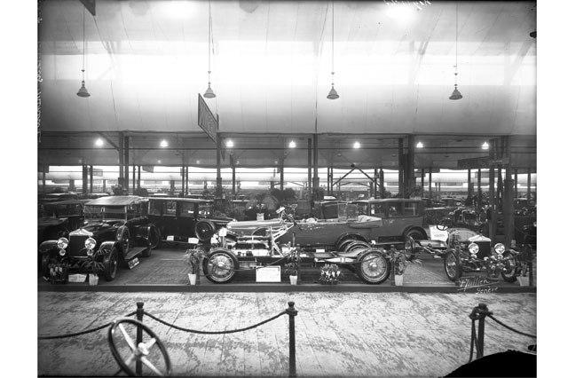 Le Salon de l'automobile au Bâtiment électoral, 1925