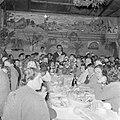 Leden van de kibboets bij de viering van sederavond, Bestanddeelnr 255-0660.jpg