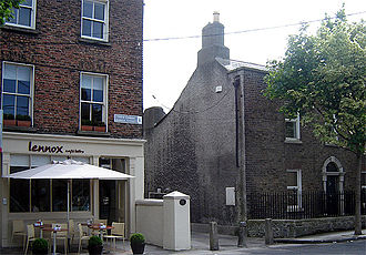 Portobello, Dublin - A new cafe and one of the oldest houses in Lennox St., facing Synge St.