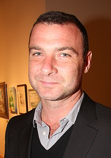 alt=Description de l'image Liev Schreiber cropped.jpg.