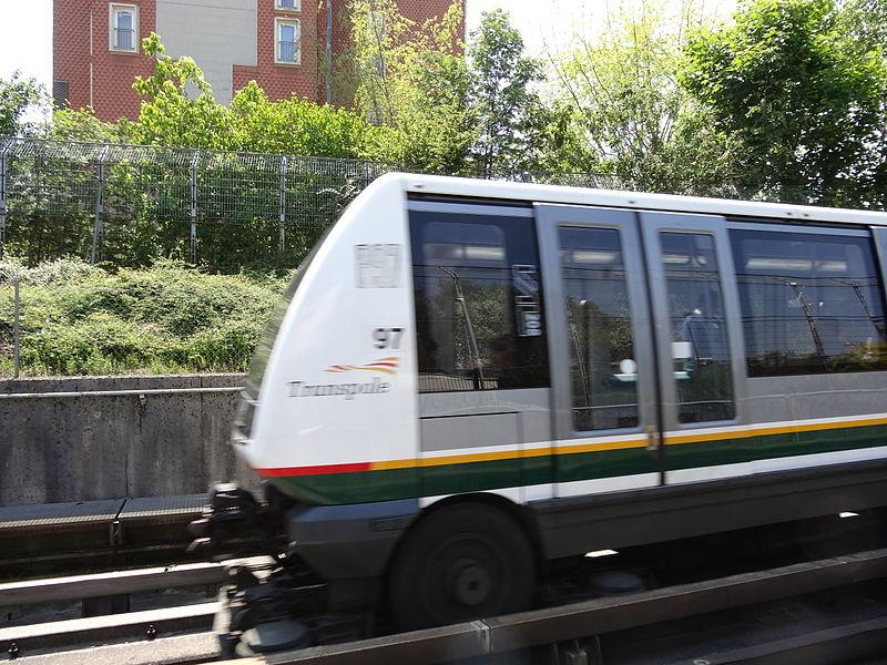 VAL 208 du métro de Lille Métropole.