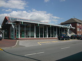 Littlehampton Station 02 (07-07-2007).JPG