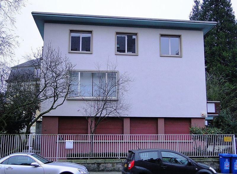 Fichier luxembourg haus pierre gilbert 1 jpg wikipedia for Maison moderne luxembourg wikipedia