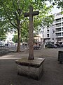Lyon 7e - Place du Prado - Croix monumentale (mai 2019).jpg