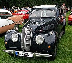 BMW 335 (1939–41) - BMW 335 4-door Berline (sedan/saloon)