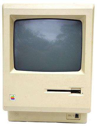 Macintosh 512K - Image: Mac 512k front