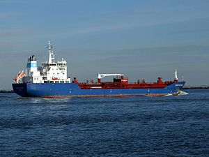 Maersk Nordenham p2 approaching Port of Rotterdam, Holland 21-Feb-2005.jpg