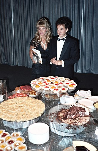 Mark Linn-Baker - Linn-Baker with Melanie Wilson at the 39th Primetime Emmy Awards buffet in 1987