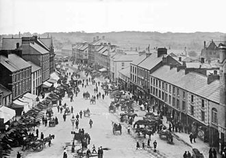 Portadown - Portadown High Street on market day (c.1900)