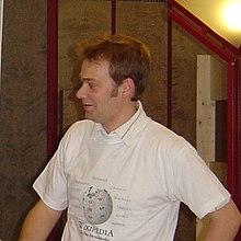 KDE - Wikipedia