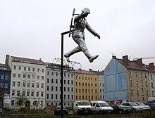 Mauerstreifen Schumann Berlin.jpg