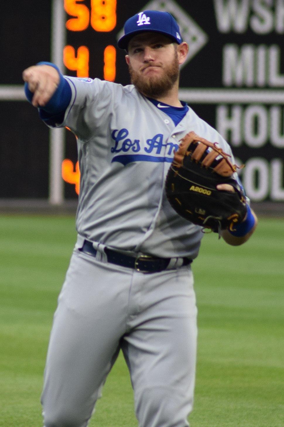 Max Muncy LA Dodgers 2018 (cropped)