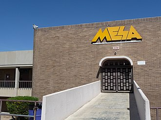 Mesa High School (Mesa, Arizona) - Entrance to the school, adorned by a sign donated by the class of 1998