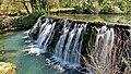 Mesnay, barrage du Dérochoir.jpg