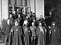 Metropolita dionizy i delegacji patriarchatu konstantynopolitańskiego przed belwederem po ogłoszeniu autokefalii.jpg