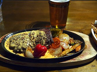 Steak au poivre - Image: Mexican pepper steak at restaurant Pancho Villa, Tampere