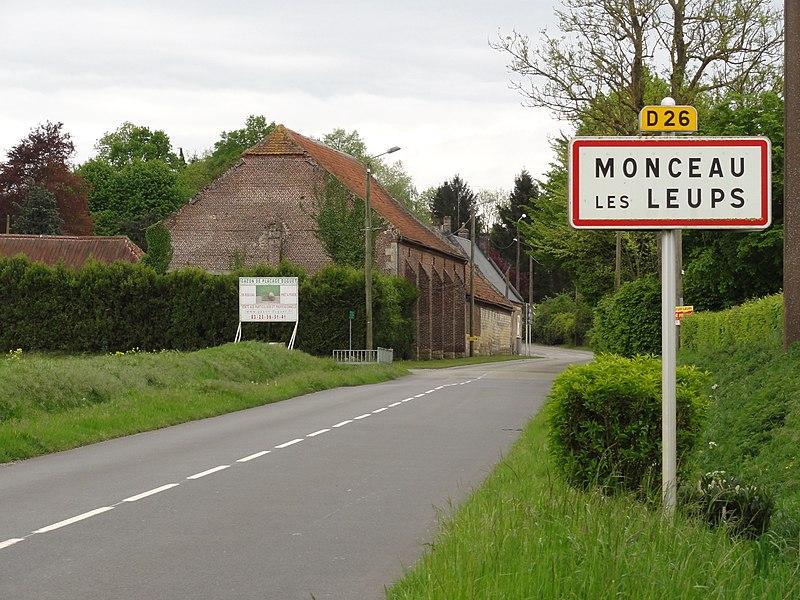 Monceau-lès-Leups (Aisne) city limit sign
