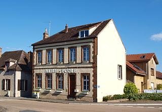 Montacher-Villegardin Commune in Bourgogne-Franche-Comté, France