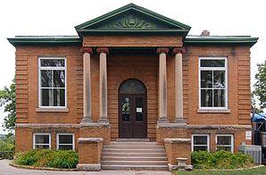 Montevideo Carnegie Library.jpg