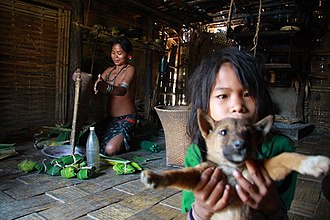 Mru people (Mrucha) - Mru family in a traditional household