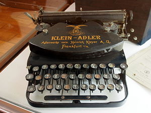 Louis Fles - Museum Wilhelmsbau, Klein-Adler typewriter