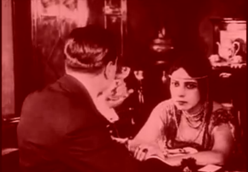 File:Musidora in Les Vampires (7 episodio).tiff