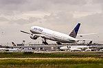 N229UA United Airlines Boeing 777-222(ER) departing on Rwy25C to Washington (IAD) @ Frankfurt Rhein-Main International (FRA).jpg