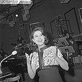 Nationaal Songfestival 1964 Anneke Grönloh, Bestanddeelnr 916-0855.jpg