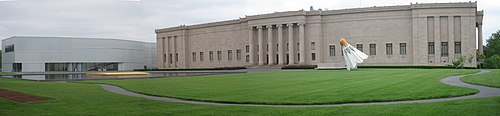 Nelson-Atkins Museum of Art - panorama of facade.jpg
