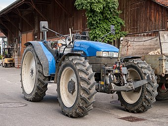 New Holland TN75S.jpg