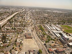 Neighborhood of North Long Beach in Long Beach, California, looking east along the south side of the 91 freeway.
