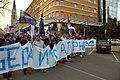 Novi Sad, Trg Slobode, protesty proti prodeji vodárny, průvod II.jpg