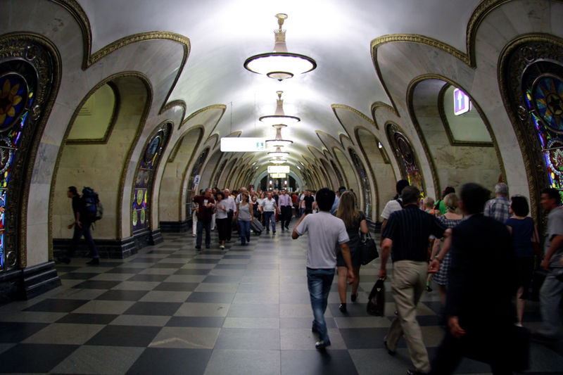 File:Novoslobodskaya (Новослободская) (6200894750).jpg