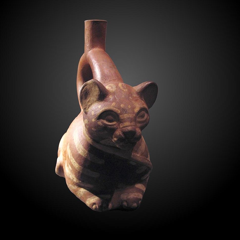 Ocelot-shaped bottle-MEG ETHAM 014143-IMG 2372-gradient