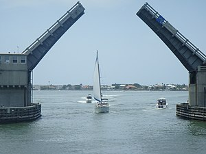 Pinellas Bayway - The bascule-type drawbridge on SR 682 in 2011, before it was dismantled and replaced by a high-level bridge