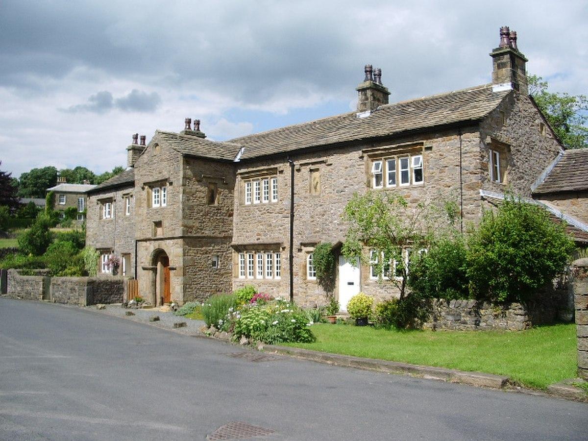 Old Well Hall, Downham - geograph.org.uk - 908325.jpg