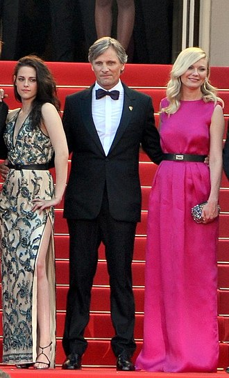 On the Road (2012 film) - Cast members (from left) Kristen Stewart, Viggo Mortensen and Kirsten Dunst at the 2012 Cannes Film Festival