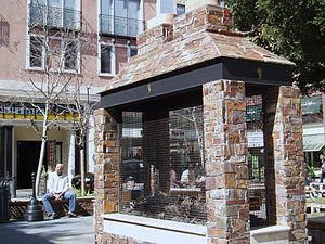 Outdoor fireplace - Outdoor fireplace