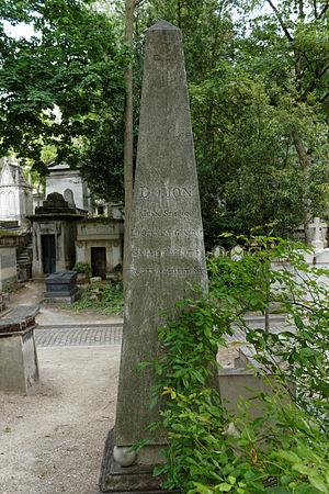 Jean-Siméon Domon - Grave obelisk of Jean Simeon Domon in the Père-Lachaise Cemetery, Paris.