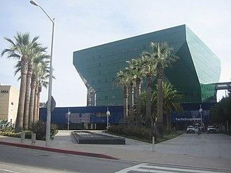 Pacific Design Center - Image: Pacific Design Center 06