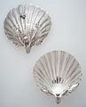 Pair of scallop-shell dishes MET ES4695.jpg