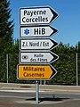 Panneaux suisses 4.33 et militaire jaune.jpg
