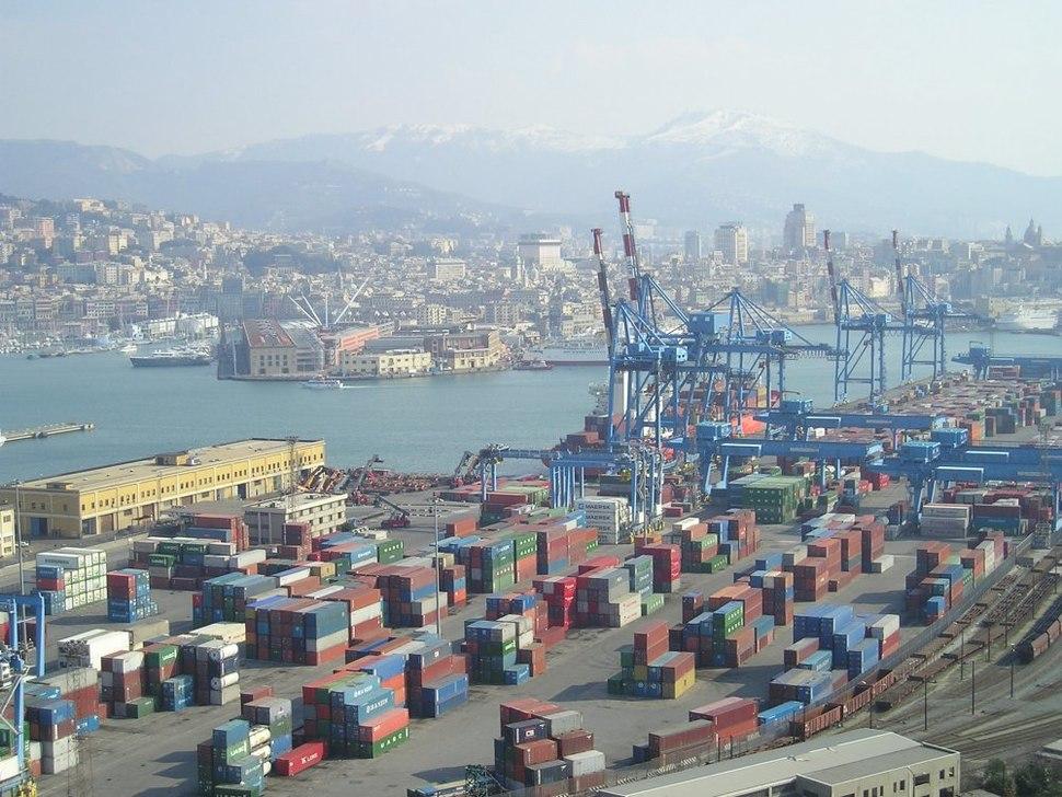 Panorama di Genova (porto commerciale e porto antico)