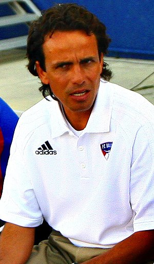 Oscar Pareja coaches at FC Dallas. Edited from...